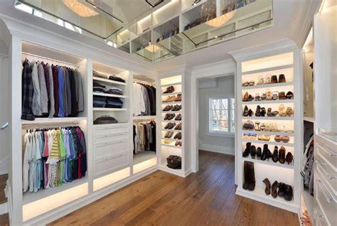 Closet Light Fixture by Best 25 Closet Light Fixtures Ideas On