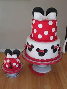 minnie mouse cake | Byrdie Girl Custom Cakes