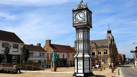 Coronavirus crisis: Britain's oldest town, Downham Market, tools up with Night Nurse and ...