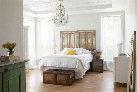 wrought iron canopy bed vintage interior design style