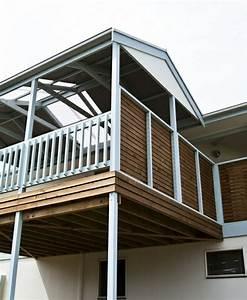 Griller Für Balkon : holz balkon grillen kreative ideen f r innendekoration und wohndesign ~ Whattoseeinmadrid.com Haus und Dekorationen