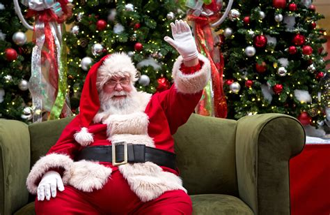 A visit with Santa minus the hustle and bustle - The Blade