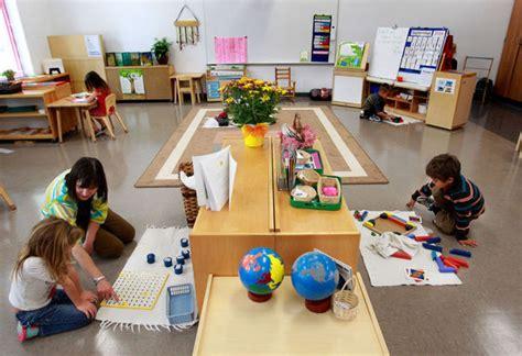 about coulee montessori 918   Montessori Classroom