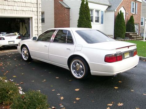 domer  cadillac sts specs  modification info