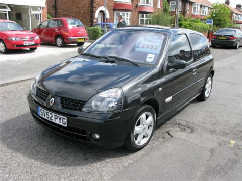 Renault Clio 2002 by 2002 Renault Clio Photos Informations Articles