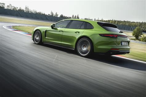 Porche Panamera Gts by 2019 Porsche Panamera Gts Debuts With 453 Hp Carscoops