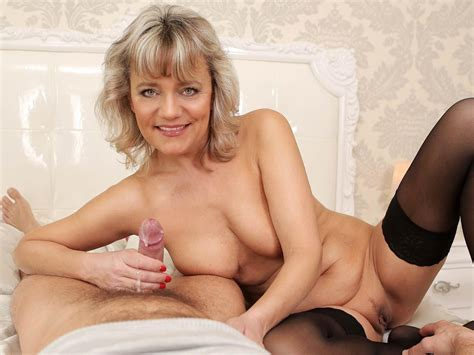 Aging Like Wine – Mature Horny Blonde Hardcore Fuck Vr