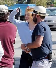 Emma Stone Flashes Her Mega Watt Smile Ryan Gosling