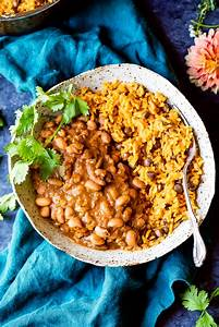 Video: Mom's Authentic Puerto Rican Rice and Beans ...