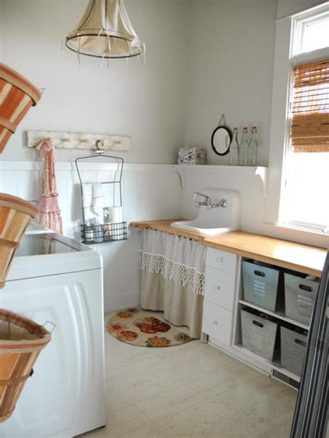 Decorating Ideas For Laundry Rooms by 10 Chic Laundry Room Decorating Ideas Hgtv
