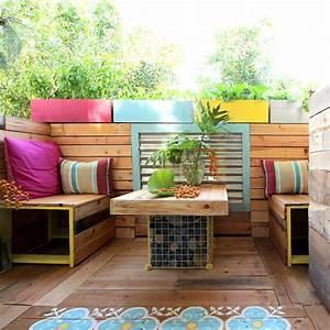 Pallet garden furniture ideas for Palettes furniture