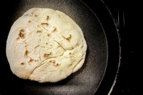 pane fatto in casa senza lievito come fare il pane senza lievito in casa vita donna