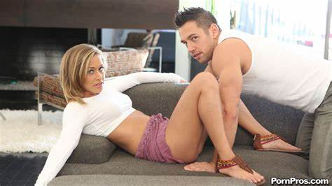 Com Couch Toy Playtime Moms Kennedy Leigh Get Crack On The Kitchen In Afternoon