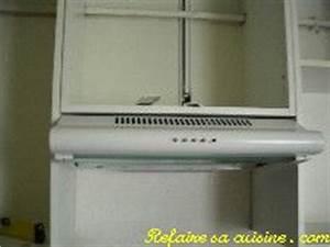 Hotte Sous Meuble : fixer hotte sous meuble goulotte protection cable exterieur ~ Melissatoandfro.com Idées de Décoration