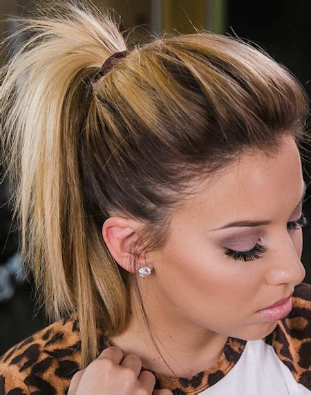 short ponytails cute hairstyle   messy undone