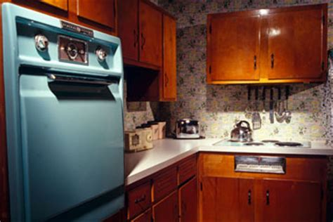 Are retro kitchens making a comeback?   HowStuffWorks
