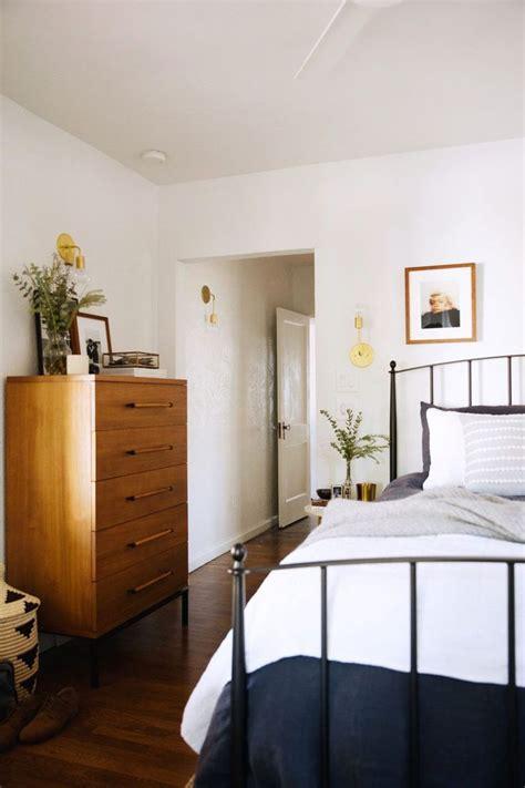 modern cottage bedroom 25 best ideas about modern cottage on modern 12556 | afd63688bc2b8bf2f7eb917dec2ff1e6 bedroom art bedroom inspo