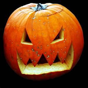 Halloween Kürbis Schablone : halloween k rbis schnitzen kostenlose schnittmuster f r ~ Lizthompson.info Haus und Dekorationen