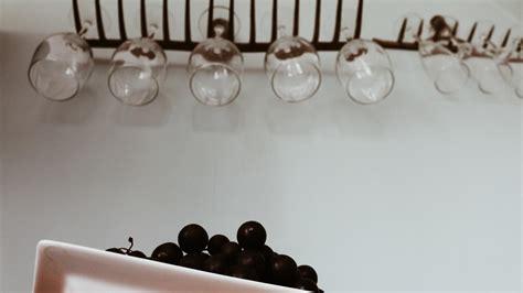Weingläser Aufhängen Ikea by ᐅ Weinglashalter Aus Einer Gartenharke Diy Weingl 228 Ser