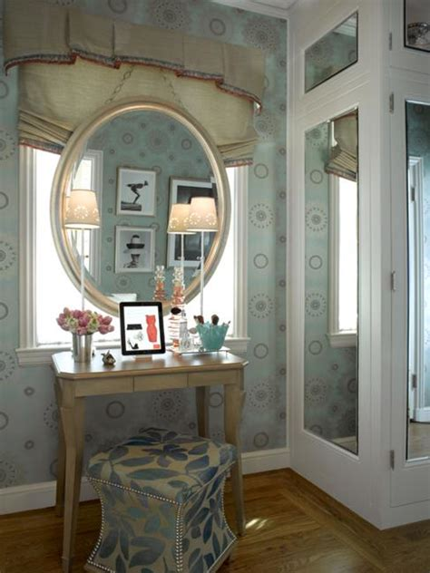 small dressing area ideas bringing  sensations