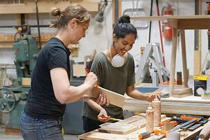 Junction Workshop  Toronto Class Instructs Students In The