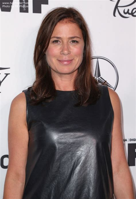 maura tierney youthful hairstyle  women
