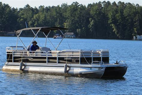Rend Lake Pontoon Boat Rental by Pontoon Rentals Minocqua Lakeside Boat Rental Storage