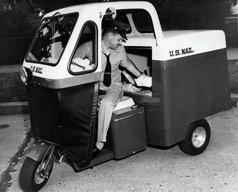 Cushman Mailster, 1955.jpg