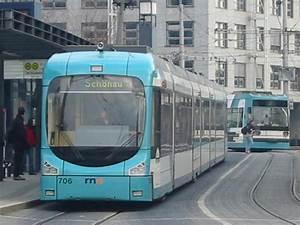 Bus Mannheim Berlin : hier ist eine neue stra enbahn die die linie 1 f hrt sie h lt hier gerade in mannheim hbf ~ Markanthonyermac.com Haus und Dekorationen