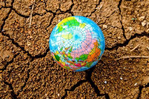 Kādēļ pandēmijas laiks planētai nav devis atslodzi ...