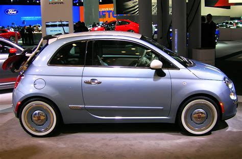 Fiat Ny by 2013 Fiat 500 Retro Surf Concept At The 2013 New York Auto