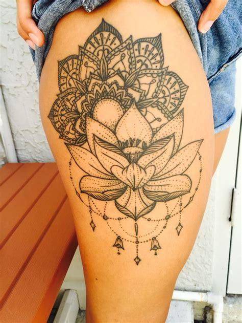 25+ Best Ideas About Mandala Thigh Tattoo On Pinterest