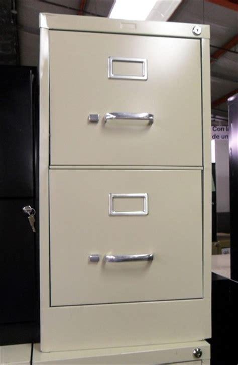 2 Drawer Vertical File Cabinet   Used Vertical Metal