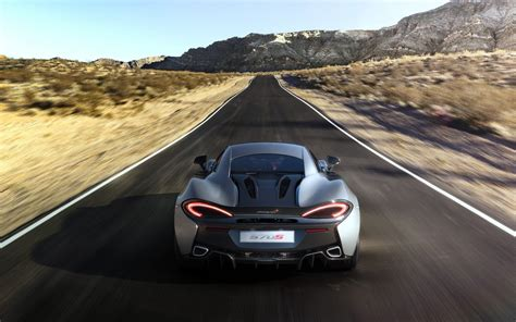 540c Hd Picture by Mclaren 570s On Desert Road Hd Cars 4k Wallpapers