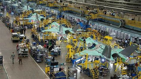 lockheed martin boosts supply chain payments  covid