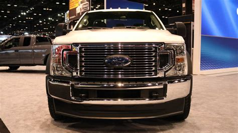 ford super dutys   liter  detailed    hp