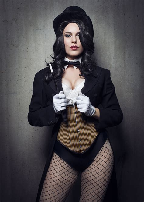 zatanna cosplay hot