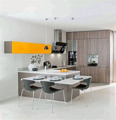 schmidt cuisine cuisine schmidt 12 cuisines en bois ouvertes sur le salon côté maison