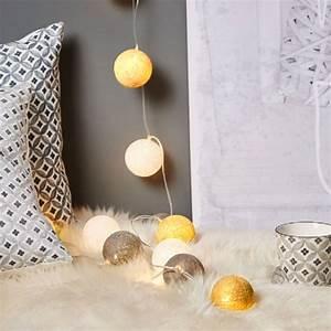 Guirlande Boule Lumineuse : guirlande lumineuse boule kimy coloris jaune guirlande welldeco ~ Teatrodelosmanantiales.com Idées de Décoration