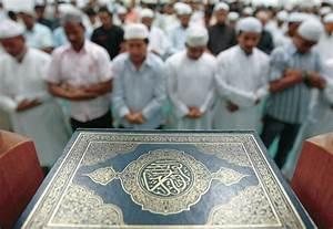 ISLAM Eid al-Fitr: Ramadan ends today (for Sunnis)