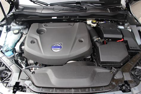moteur volvo v40 essai volvo v40 d4 190 ch 4 cylindres sinon rien