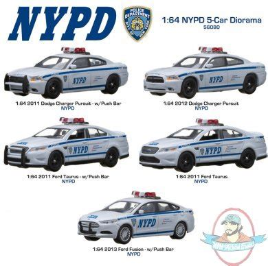 scale nypd  car diorama  greenlight man