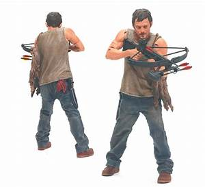 Todd McFarlane Shows Off New Walking Dead Action Figures ...