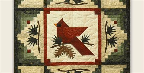 Enjoy This Beautiful Cardinal Quilt All Winter