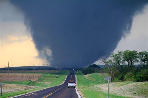 tornado outbreak  april   wikipedia
