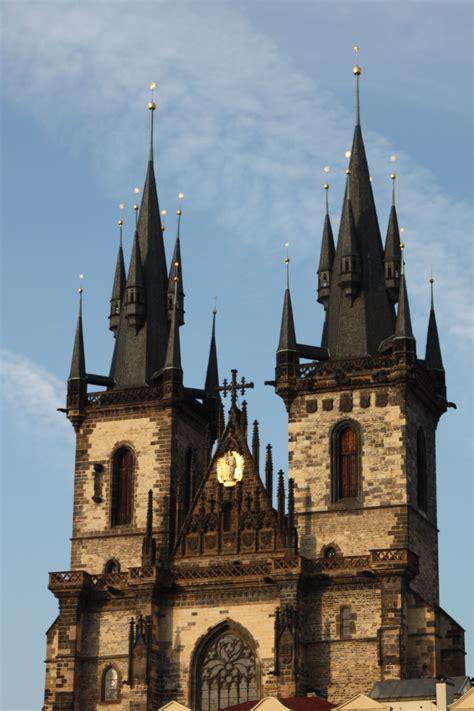 Tyn Church Prague Churches Temples And Mosques Pinterest