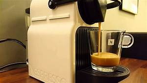 Nespresso Inissia Krups : nespresso inissia krups how lungo caffee looks like youtube ~ Melissatoandfro.com Idées de Décoration