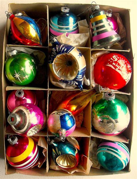1940s 1950s vintage christmas ornaments shiny brite box