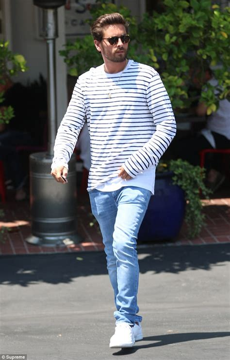 Scott Disick Keeps Casual Leaves Lunch