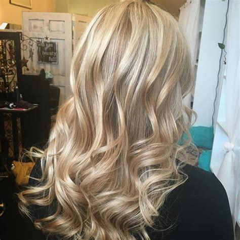 wella  toner pale beige blonde beige blonde hair